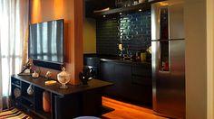 Milhares de imagens, infinitas inspirações para sua casa. Liquor Cabinet, Storage, Table, Furniture, Portobello, 35, Home Decor, Flat, Instagram