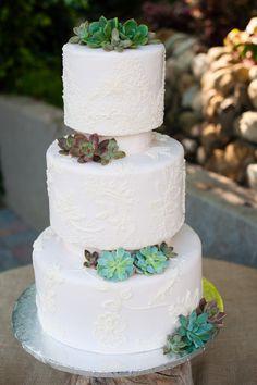 Lots of details in this Maravilla Gardens wedding by  www.emmaandjosh.com #weddingdetials