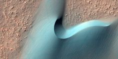 Mars definitely deserves its Red Planet nickname. But scientists use such a range of photographing techniques that the planet can end up a…