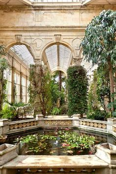 Victorian conservatory, Castle Ashby, Northampton, England ..