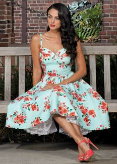Stop Staring! Marisol Dress in Mint Floral. Gorgeous.