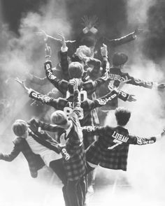 The EXO tree. I would like to plant this tree!:) I need EXO seeds, This can be m. The EXO tree. Kpop Exo, Exo Bts, K Pop, Shinee, Chanyeol Baekhyun, Park Chanyeol, Kai, Vixx, Got7