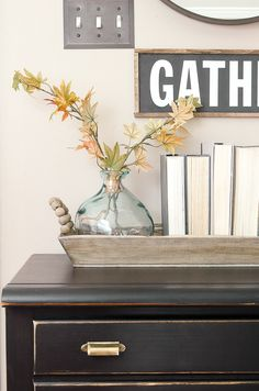 A great stash of home decor essentials allows you to easily rotate decor to create beautiful spaces in your home. #decoressentials #decorating #thriftydecor #neutraldecor