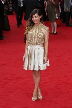 Louise from Made In Chelsea Lace Skirt, Sequin Skirt, Louise Thompson, Made In Chelsea, Reality Tv Shows, Celebs, Celebrities, Red Carpet Fashion, Mtv