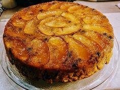 Diavolnews.gr: Κάνεις δεν μπορεί να αντισταθεί σε αυτή τη μηλόπιτα!Ιδανική για το πρωινό καφεδάκι τώρα τις γιορτές που όλοι είμαστε σπίτι!❤ Apple Pie, Desserts, Food, Tailgate Desserts, Deserts, Meals, Dessert, Yemek, Apple Pie Cake