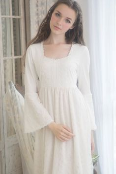 medieval+nightgown   White Lace Vintage Cotton Nightgown