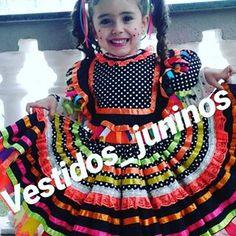 E as novidades de 2018 já estão chegando com tudo! E você já fez sua encomenda? Já estamos recebendo os pedidos... #vestidosjuninos #kids #matutinhas #matutas #anarriê #junho #julho # saojoao #saopedro #santoantonio # luxo #fitas #rendas