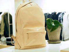 PB 0110 www. Leather Backpack, Backpacks, Bags, Fashion, Handbags, Moda, Leather Backpacks, Fashion Styles, Totes
