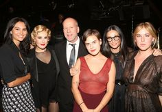 The Rue with the fam: Emma Heming Willis, Bruce Willis, Tallulah Willis, Demi Moore, and Scout Willis (Getty Images)