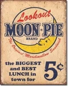 Look Out Moon Pie TIN SIGN retro/vtg diner wall decor snack ad metal poster 1801 Vintage Moon, Vintage Tins, Vintage Labels, Vintage Posters, Retro Vintage, Vintage Stuff, Vintage Country, Vintage Paper, Country Decor