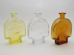 "NANNY STILL - Glass bottles ""Kyynel"" (A Tear Drop) for Riihimäen Lasi Oy, Finland. Glass Design, Design Art, Vases, Glass Vase, Glass Bottles, Be Still, Finland, Modern Contemporary, Plating"