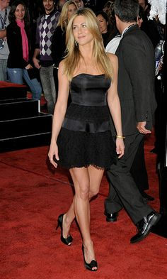 Jennifer Aniston | Best LBD with subtle touches—delicate lacework & streamlined boning