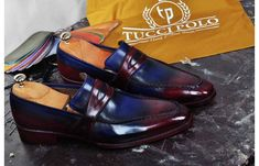 TucciPolo helps men everywhere dress their best. Shop TucciPolo handmade Italian leather luxury dress shoes for men. Luxury Dress, Luxury Shoes, Loafer Shoes, Loafers Men, Italian Leather Shoes, Painting Leather, Oxford Shoes, Burgundy, Dress Shoes