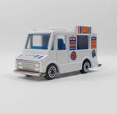 Unbranded Deli Van / Truck  - Die-cast Model - 7 cm Long (1)