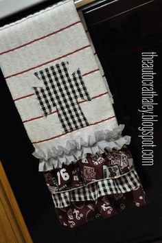 I can't seem to quit making these ruffled dish towels. They're super easy and pretty cheap to make. I feel like they're a decent handmade ...