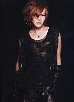 """Kai ♥ baterista y líder de la banda de JRock """"The GazettE"""""""