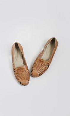 2e81e2562d4 Les 48 meilleures images du tableau Shoes sur Pinterest