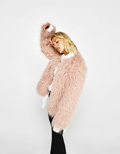 Bershka Greece - Cropped faux fur coat