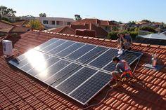 De voordelen van het kopen van #zonnepanelen zijn talrijk en deze worden genoemd als ideale oplossing. Echter, voor het nemen van volledige voordeel raden we dat je moet investeren in het juiste bedrijf voor het krijgen van de installatie van deze apparaten. U kunt rechtstreeks contact opnemen met #Durasun.