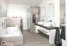 Een relaxruimte in uw eigen huis, wat wilt u nog meer. Badkamermodel Rialto zorgt voor de meest ontspannen momenten van de dag. Twee aparte wasbakken, en helemaal van deze tijd. De prachtige schaalvormige wasbakken komen perfect uit op het houten badmeubel.
