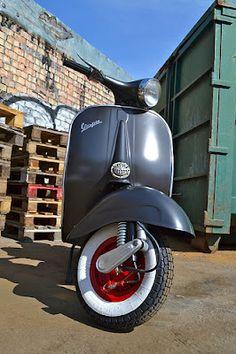 RETRO SCOOTER GARAGE: Vespa VBB custom