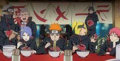 Akatsuki comiendo ramen