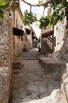 Hum, Croatia
