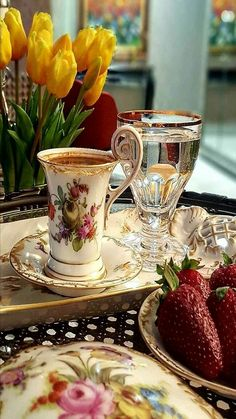 China Tea Cup with Gold Trim & Chrystal water Goblet trimmed in gold. A setting for having afternoon English tea. Coffee Love, Coffee Break, Morning Coffee, Coffee Cups, Coffee Coffee, Café Chocolate, Pause Café, China Tea Cups, Turkish Coffee