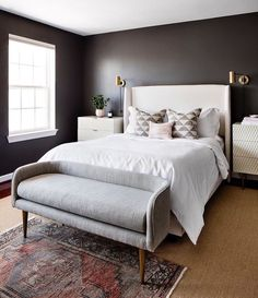 2017 was the year of black walls, and we aren't quite ready to give it up! ♥︎ Bedroom design by @elizabethlawsondesign : @jenniferhughesphoto #mywestelm