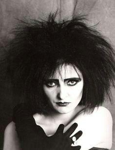 Siouxsie Sioux  I love her - the Queen of the nicht !!    carsten