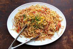 Spaghetti with Oven-Roasted Tomatoes and Caramelized Fennel Recipe | SAVEUR