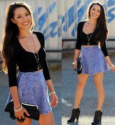 Short denim skirt and crop top is a great summer look!