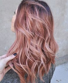 """""""Thoughts on the Rose Gold trend for hair color? Are you for it? ✨ #trending #haircolor #rosegold #rosegoldhair"""""""