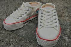 Converse shoes cake