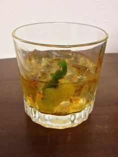 How to Make an Old Fashioned (Cocktail)