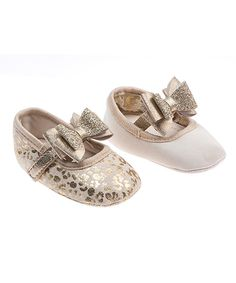 Love this Pimpolho Gold 2-in-1 Bow Booties by Pimpolho on #zulily! #zulilyfinds