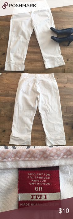 White Jean Merona Crop Pants These folded white jean crop pants have five pockets and make an excellent addition to spring and summer outfits. There are tiny spots and stains that are hard to notice. Great used condition! Merona Pants Ankle & Cropped