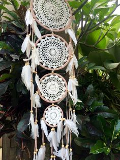 4 Tier Crochet Dreamcatcher 4 Tier crochet dream catcher with white feathers handmade in Indonesia. Doily Dream Catchers, Dream Catcher Craft, Dream Catcher Boho, Dream Catcher White, Doilies Crafts, Paper Doilies, Diy Unicorn, Creation Deco, Craft Fairs