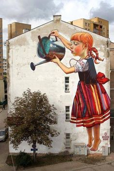 Street art and nature don't usually intersect, especially in large cities where most graffiti and tagging can be found. These gorgeous images are the exception — a beautiful melding of street art and urban flora. 3d Street Art, Amazing Street Art, Street Art Graffiti, Street Artists, Graffiti Girl, Street Mural, Awesome Art, Street Art Utopia, Graffiti Artwork