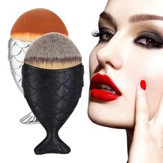 New Arrival  Fish Scale Makeup Brush Fishtail Bottom Brush Powder Blush Makeup Cosmetic Brush  Beauty Girl  M22X18