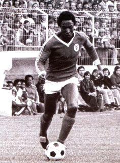 Rui Jordão. Jogou no Benfica, de 1971/72 a 1975/76.