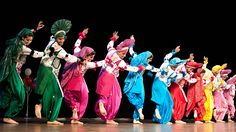No other dance makes me feel as great as Bhangra and connecting with my culture Folk Dance, Dance Poses, Dancing, Punjab Culture, Bhangra Dance, Bollywood, Indian Paintings, Incredible India, Musicals