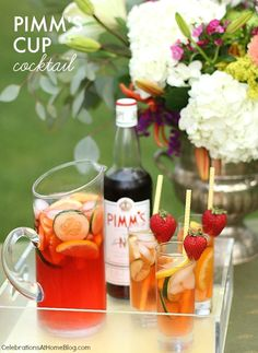 Make this easy Pimm's Cup Pitcher cocktail for care-free summer entertaining or any English themed party. The perfect drink for a Wimbledon brunch too. Ginger Ale, Summer Drinks, Fun Drinks, Drinks Alcohol, Alcoholic Beverages, Party Drinks, Tea Party, Pimms Punch, Cocktails