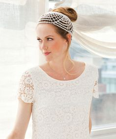 Wedding Headdress - Here's a simple, yet elegant headpiece that you can crochet. It will make a beautiful showstopping finish to any bridal gown.