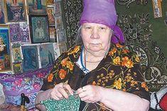 бабушка вяжет в кресле: 3 тыс изображений найдено в Яндекс.Картинках