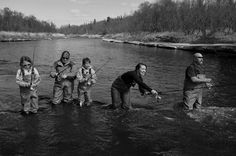 A Fishing Family Photo by Dan Bandel — National Geographic Your Shot