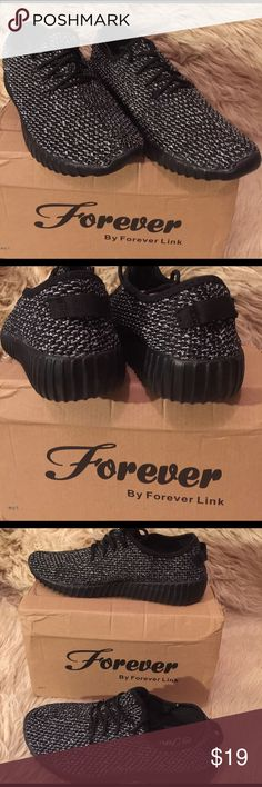 """Forever Women's Remy-8 Fashion Breathable Sneakers Black & White Forever Women's Remy-8 Fashion Breathable Sneakers.  Athletic sports shoes, synthetic, Sole-1"""", Platform-1"""".  Fit true to size.  Manmade sole.  Flexible and anti-slip sole.  Size 8 Forever Link Shoes Sneakers"""