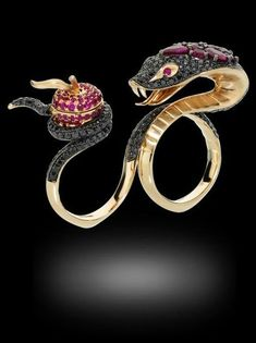 Ruby Jewelry It Started With Eve, The Temptation of Eve by Stephen Webster, rose gold set with rubies, black and white diamonds Snake Jewelry, Ruby Jewelry, Animal Jewelry, High Jewelry, Diamond Jewelry, Jewelry Art, Gold Jewelry, Jewelry Rings, Vintage Jewelry