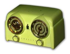 Lime Green Crosley Bakelite Radio