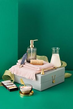 Pamper zone: Give the everyday bathroom routine a refined feel with a beautiful candle, a plush towel and pretty containers for an organised bliss-out space. | Photography: